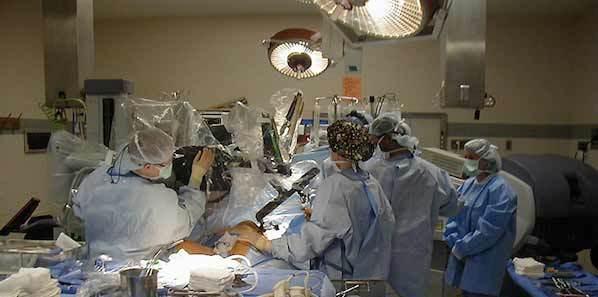 Robots Raise Adnexal Surgery Costs, Complications