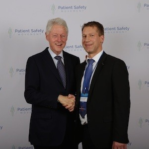 Former U.S. President Bill Clinton with Prof. Kai Zacharowski at the 4th annual World Patient Safety, Science & Technology Summit, January 22-23, 2016